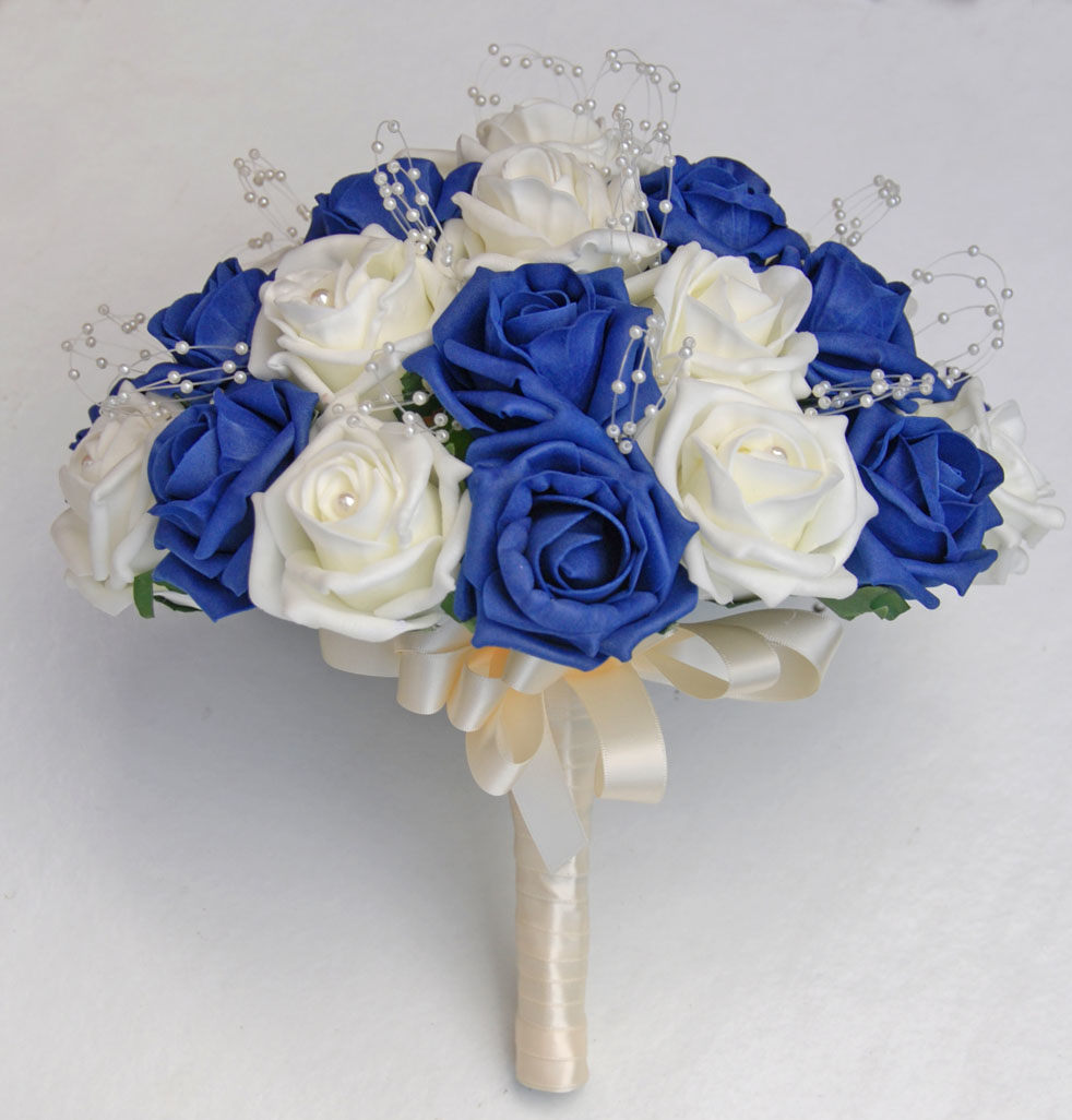 Choose Blue Roses Wedding Bouquets for Your Wedding