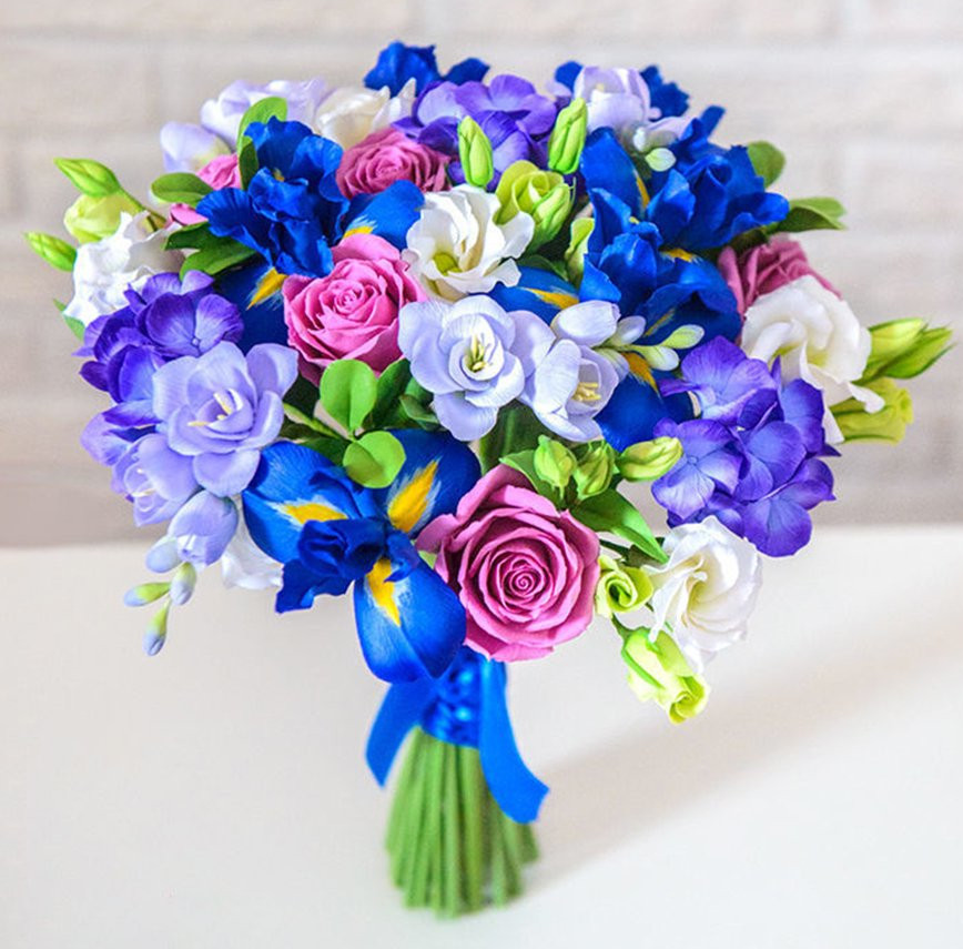 Ideas to Choose Iris Wedding Bouquet for Your Wedding