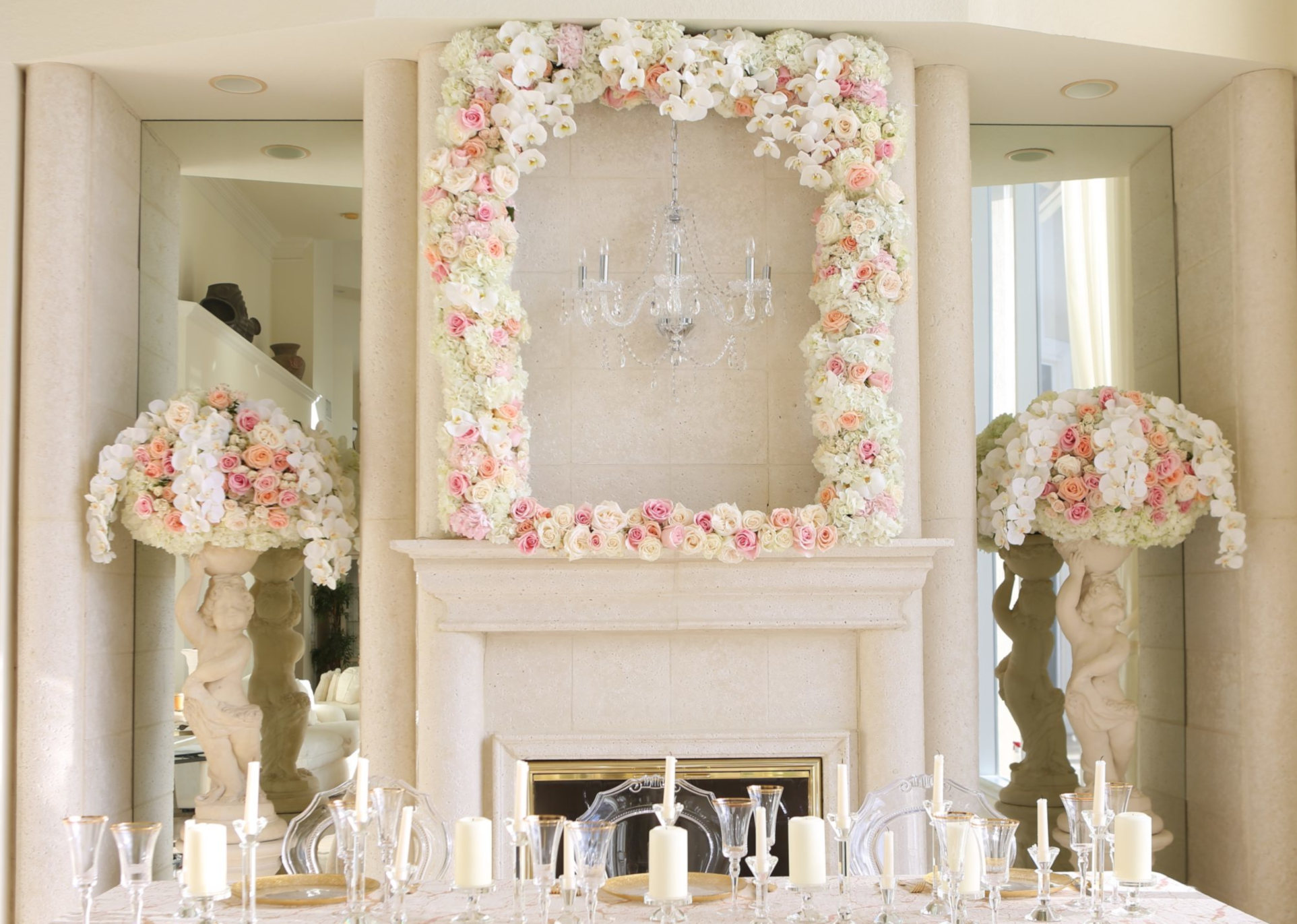 Ideas to Choose the Wedding Flowers For Fireplace
