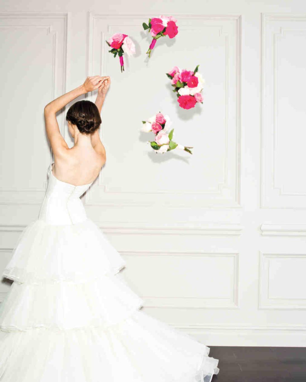 Choose Best Wedding Throw Bouquet for Your Wedding