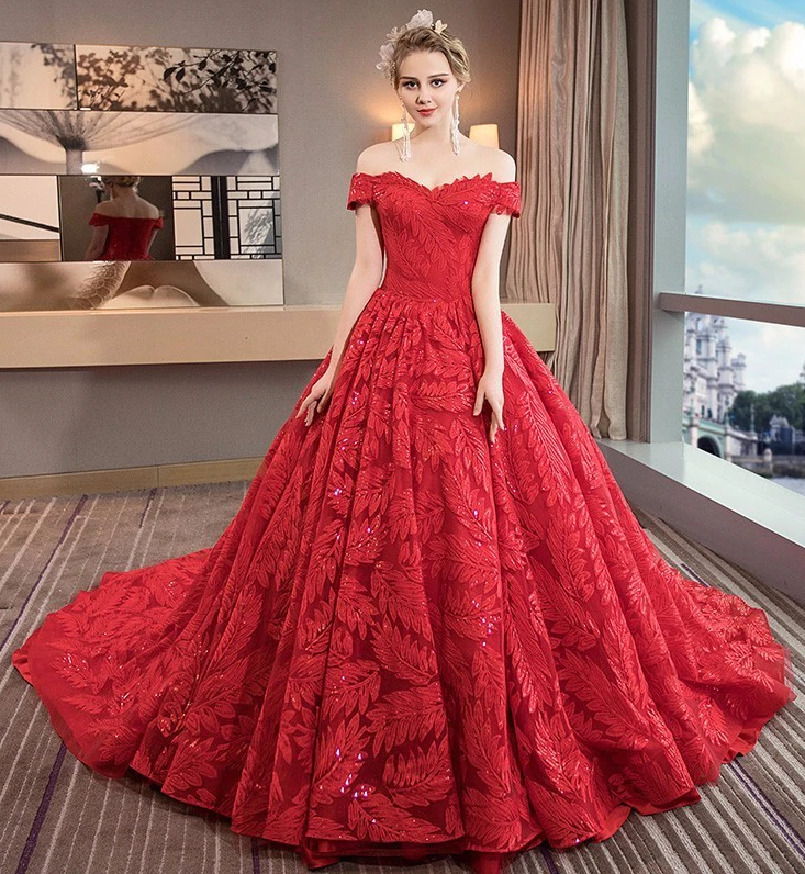 Red Wedding Dress Is A Passionate Choice For The Saucy Bride