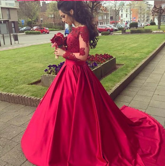 Red Wedding Dress Fall Bride