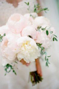 Romantic DIY Peony Bouquet: