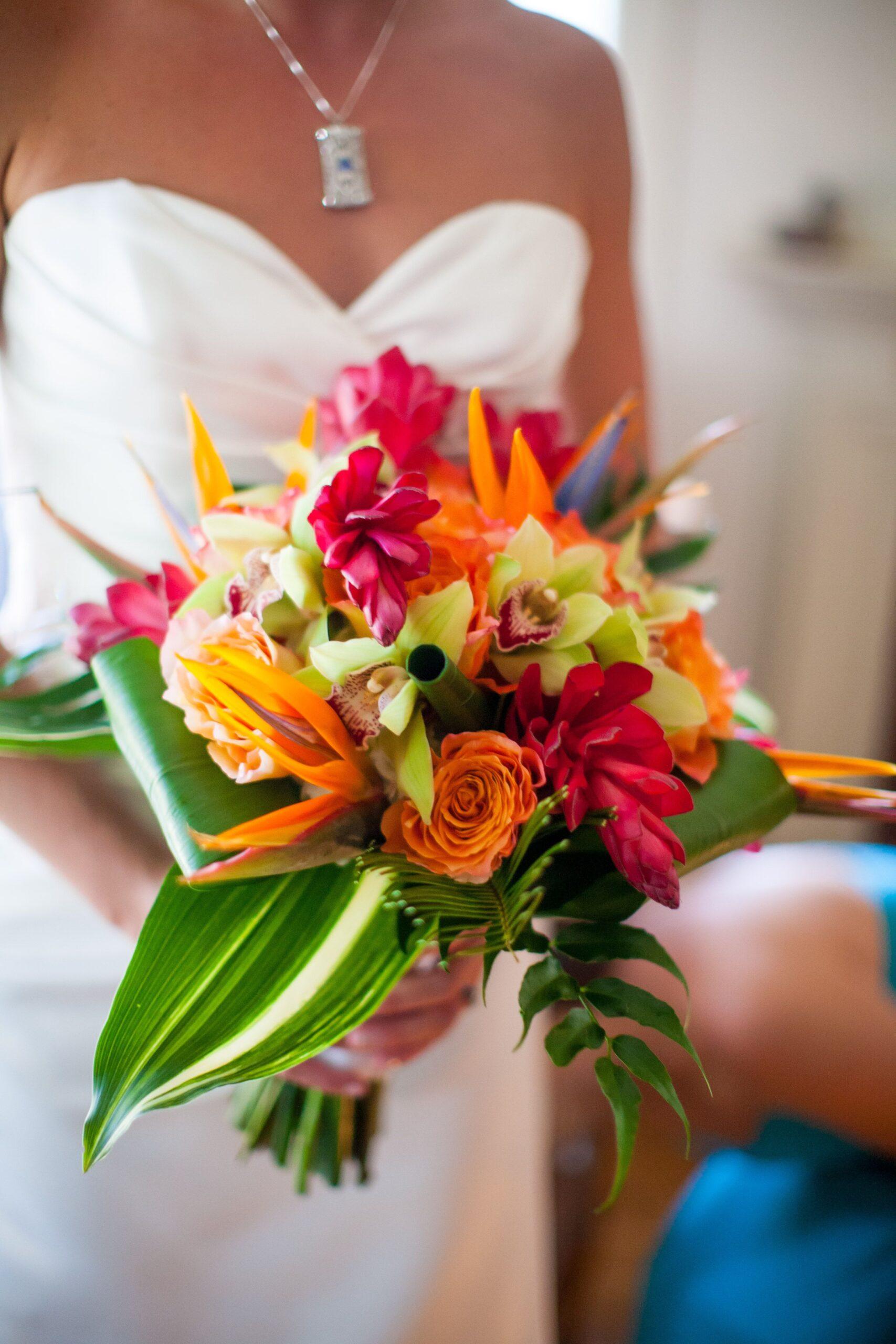 bird of paradise wedding bouquet 2