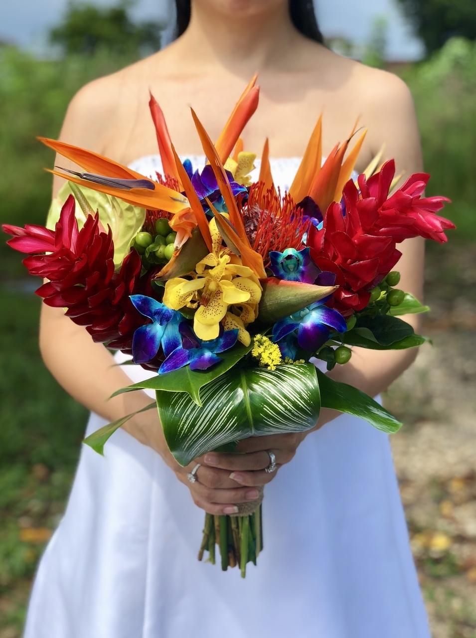 bird of paradise wedding bouquet 4
