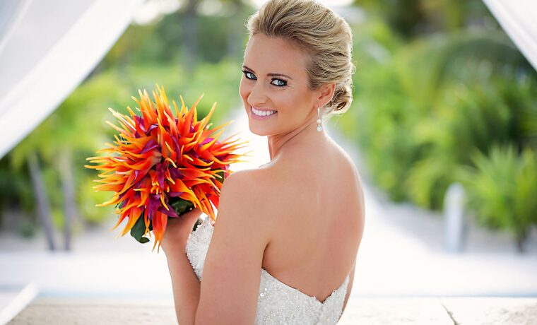 bird of paradise wedding bouquet 6